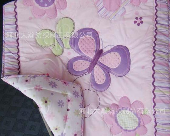Одеяла с аппликациями детские